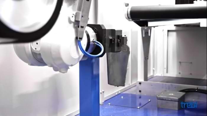 Robot sbavatura dei metalli con impiati robotizzati