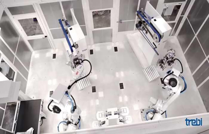Uno dei nostri impianti robotizzati per la sbavatura all'opera