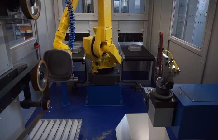 Carteggiatura con un robot